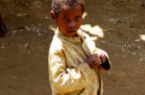 Article : Antananarivo : à la découverte de la récitation des enfants mendiants